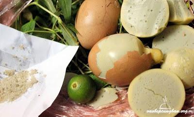 Cách làm trứng gà nướng tại nhà ngon mà không độc hại